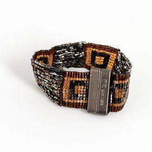 NWOT Kenneth Cole bead bracelet